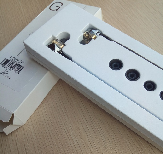g2 earphone unboxed