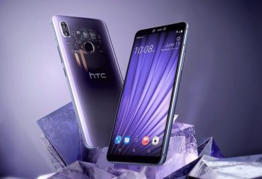 HTC comes out of the dark, launches two new devices